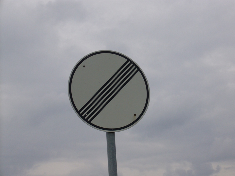 no-speed-limit-sign