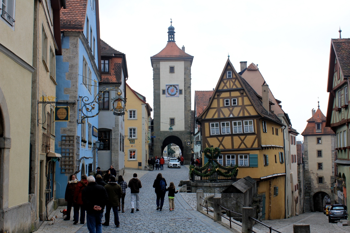 Picking the perfect day trip from stuttgart or munich for Who s perfect munchen
