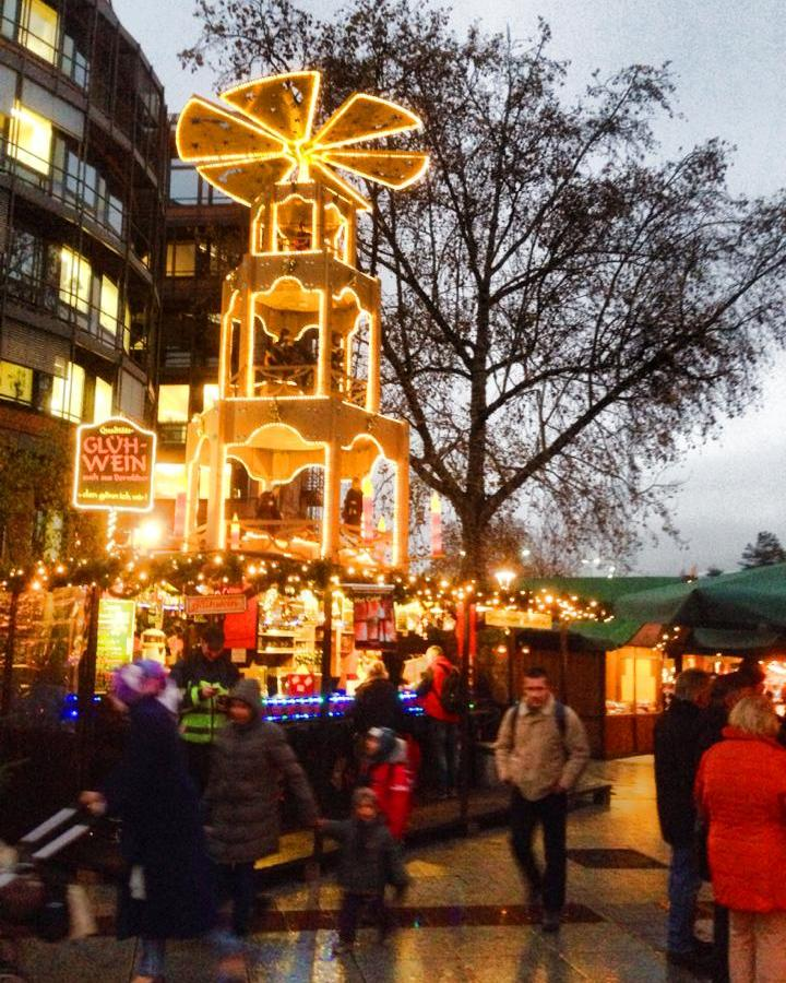 how did todays christmas traditions start in america heres a hint german christmas markets