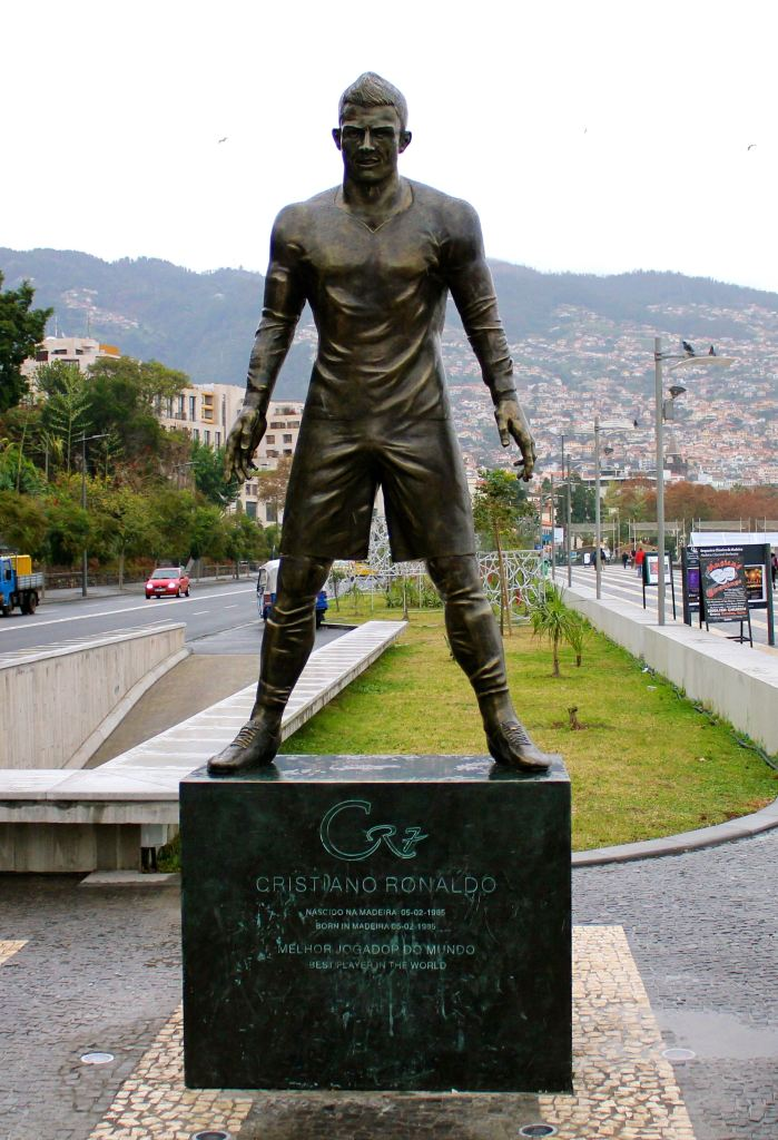 A statue of Cristiano Ronaldo that looks nothing like him