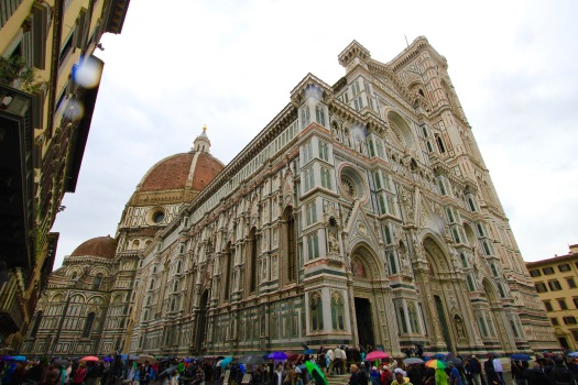 This is a very large church: 89,000 square feet, 502 feet long, 124 feet wide, and the dome and tower are over 375 feet. The line of people stretched all the way around the church. If I have not been inside dozens and dozens of other churches in Europe, I probably would have waited.
