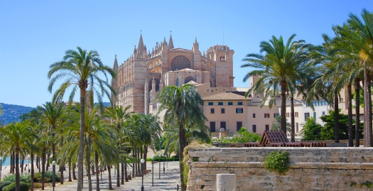 Different views of the Cathedral as it dominates the Palma skyline