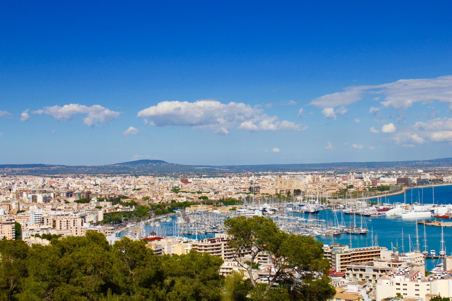 A stop on the hop-on hop-off bus takes you to a scenic overlook to Palma from a nearby elevated hill top that gives one a sense of densely populated Palma is.