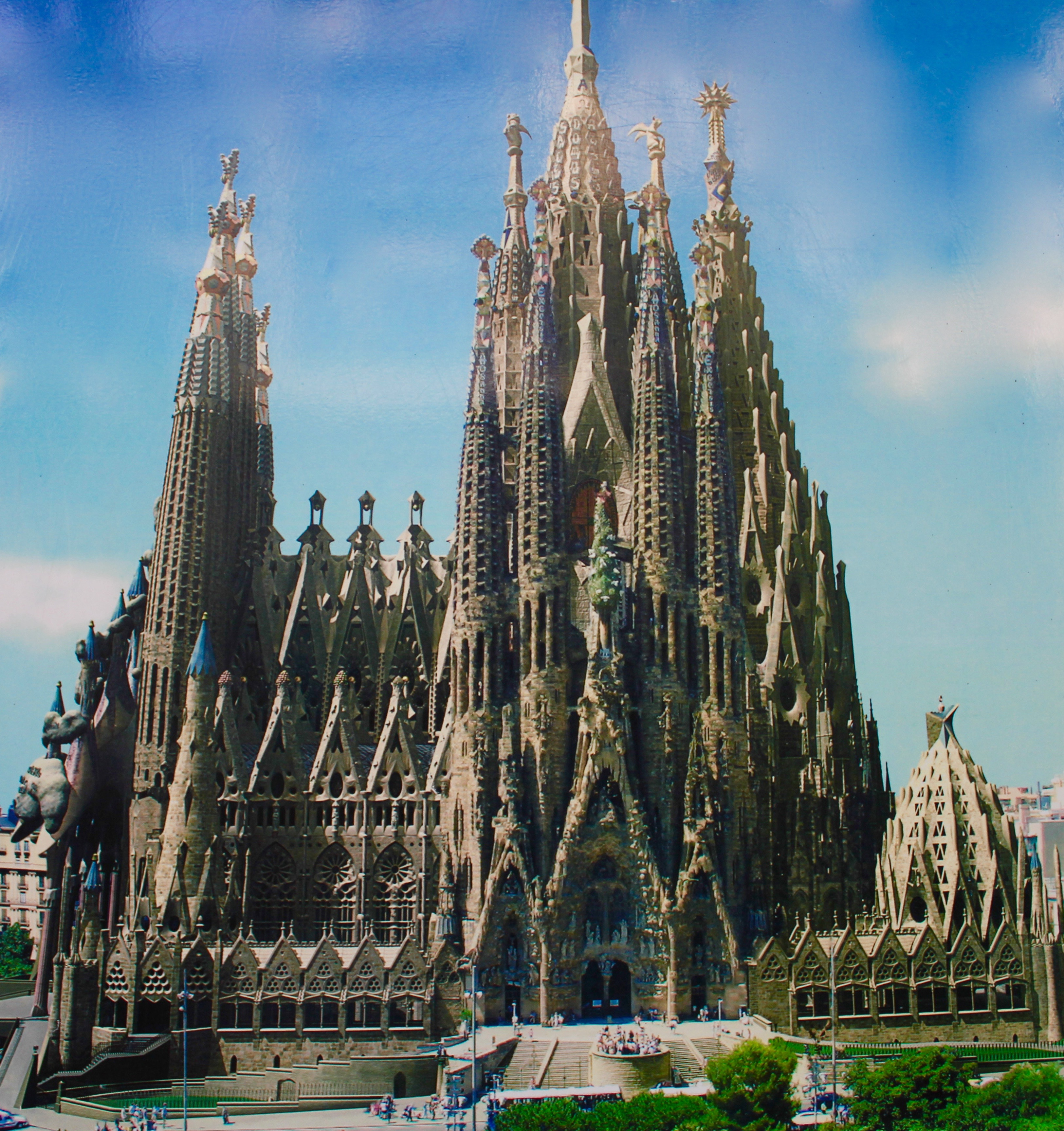 back to beautiful barcelona an easy tour of the sagrada. Black Bedroom Furniture Sets. Home Design Ideas
